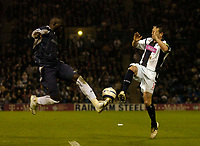 Photo: Glyn Thomas.<br />West Bromwich Albion v Bolton Wanderers. The Barclays Premiership. 17/04/2006.<br /> West Brom's Paul Robinson (R) and Bolton's Abdoulaye Faye.