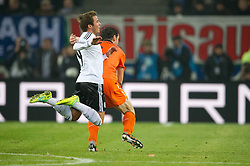 15.11.2011, Imtech Arena, Hamburg, GER, FSP, Deutschland (GER) vs Holland (NED), im Bild Mario Götze/ Goetze (GER #19 Dortmund) Mark van Bommel (NED #06 AC Milan) // during the Match Gemany (GER) vs Netherland (NED) on 2011/11/15,  Imtech Arena, Hamburg, Germany. EXPA Pictures © 2011, PhotoCredit: EXPA/ nph/ Kokenge..***** ATTENTION - OUT OF GER, CRO *****