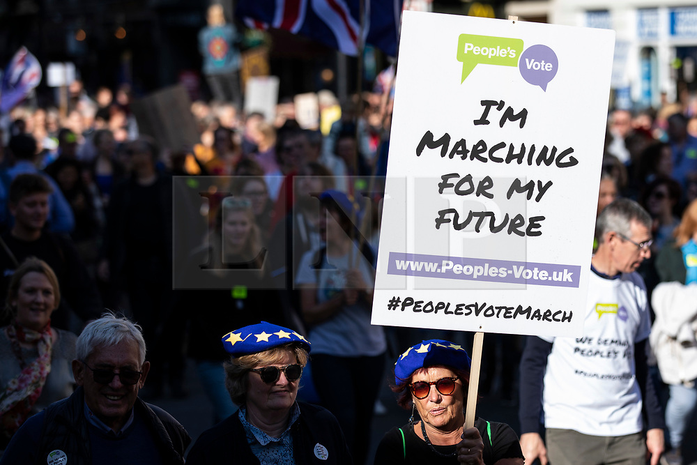 © Licensed to London News Pictures. 20/10/2018. London, UK.Protesters on the People's Vote March in central London to call on government to give the public a vote on the final Brexit deal. Photo credit: Rob Pinney/LNP