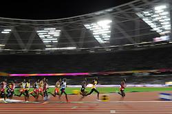 A general view of the athletes competing - Mandatory byline: Patrick Khachfe/JMP - 07966 386802 - 04/08/2017 - ATHLETICS - London Stadium - London, England - Men's 10,000m Final - IAAF World Championships