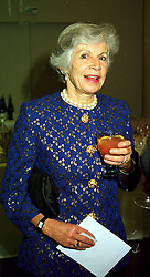 The COUNTESS OF AIRLIE at a dinner in London on 1st November 1999.MYJ 39