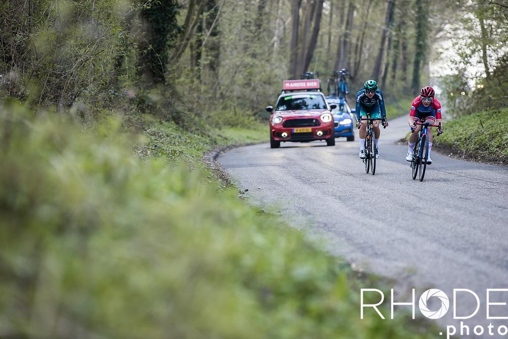 early breakaway descending<br /> <br /> 7th Amstel Gold Race Ladies Edition <br /> Valkenburg > Valkenburg 116km<br /> <br /> ©RhodePhoto