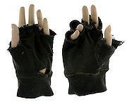 mannequin hands with fingerless gloves