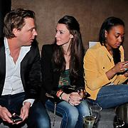 NLD/Amsterdam/20110214 - Onthulling nieuwe pump Chick Shoes ism I Love Fashion News, Danielle Frederiks - van Aalderen in gesprek met journalist Matthijs Albers