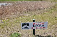 DIRKSHORN - ECO zone , paddenpoel, niet betreden; natuur;  op golfbaan GC Dirkshorn. Copyright KOEN SUYK