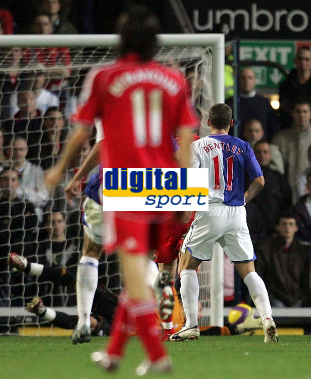 """Photo: Paul Thomas/Sportsbeat Images.<br /> Blackburn Rovers v Liverpool. The FA Barclays Premiership. 03/11/2007.<br /> <br /> Blackburn's David Bentley (White/Blue 11) hits the """"up-right"""" part of the goal."""