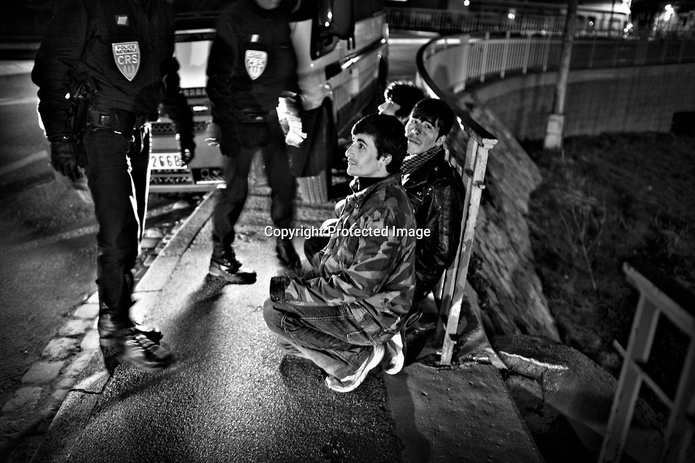 Young afghan boys are being arrested by the police. These boy sleep in a tent under one of the brigdes. The boys where imprison undtil next morning.