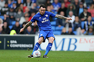 Lee Tomlin of Cardiff city in action. EFL Skybet championship match, Cardiff city v Derby County at the Cardiff city stadium in Cardiff, South Wales on Saturday 30th September 2017.<br /> pic by Andrew Orchard, Andrew Orchard sports photography.