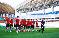 NANNING, CHINA - Tuesday, March 20, 2018: Wales' sports science coach Adam Owen leads the team during a training session at the Guangxi Sports Centre ahead of the opening 2018 Gree China Cup International Football Championship match against China. (Pic by David Rawcliffe/Propaganda)