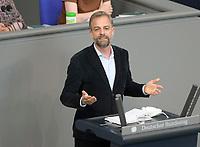 DEU, Deutschland, Germany, Berlin, 20.05.2021: Stefan Liebich (Die Linke) in der Plenarsitzung im Deutschen Bundestag.