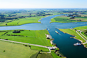 Nederland, Utrecht, Wijk bij Duurstede, 30-09-2015; Wijkse veer met veerboot Spes Futura over Neder-rijn, tussen Wijk bij Duurstede en Rijswijk (Gelderland).<br /> De Rijn gaat na de kruising met het Amsterdam-Rijnkanaal  over in rivier De Lek<br /> Junction over Lower-Rhine with Amsterdam-Rhine Canal. Local Ferry.<br /> luchtfoto (toeslag op standard tarieven);<br /> aerial photo (additional fee required);<br /> copyright foto/photo Siebe Swart