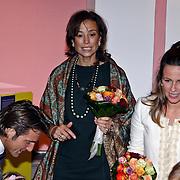 NLD/Apeldoorn/20081101 - Opening tentoonstelling SpeelGoed op paleis Het Loo, Marilene en Annet Sekreve