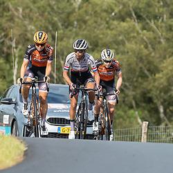 22-08-2020: Wielrennen: NK vrouwen: Drijber<br /> Jip van de Bosch, Anouksa Koser, Anna van der Bruggen