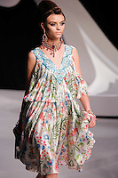 Lais Oliveira walks the runway  at the Christian Dior Cruise Collection 2008 Fashion Show