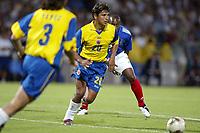 FOOTBALL - CONFEDERATIONS CUP 2003 - GROUP A - 030618 - FRANKRIKE v COLOMBIA - GERARDO BEDOYA (COL) - PHOTO JEAN MARIE HERVIO / DIGITALSPORT