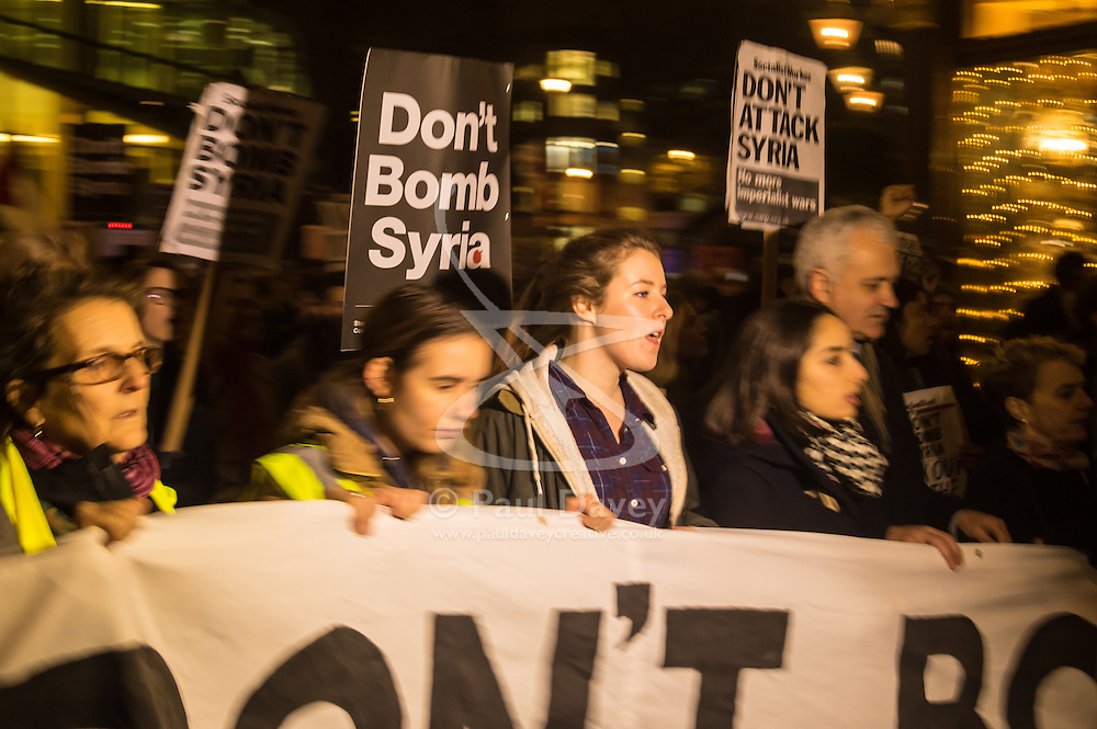 """Westminster, London, December 1st 2015.  As Parliament debates air strikes on Islamic State terrorists in Syria, an """"emergency protest"""" is held by Stop The War and other groups opposed to British military involvement. PICTURED: ///FOR LICENCING CONTACT: paul@pauldaveycreative.co.uk TEL:+44 (0) 7966 016 296 or +44 (0) 20 8969 6875. ©2015 Paul R Davey. All rights reserved."""