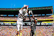 January 31 2016: Team Rice Amari Cooper goes up for a pass during the Pro Bowl at Aloha Stadium on Oahu, HI. (Photo by Aric Becker/Icon Sportswire)