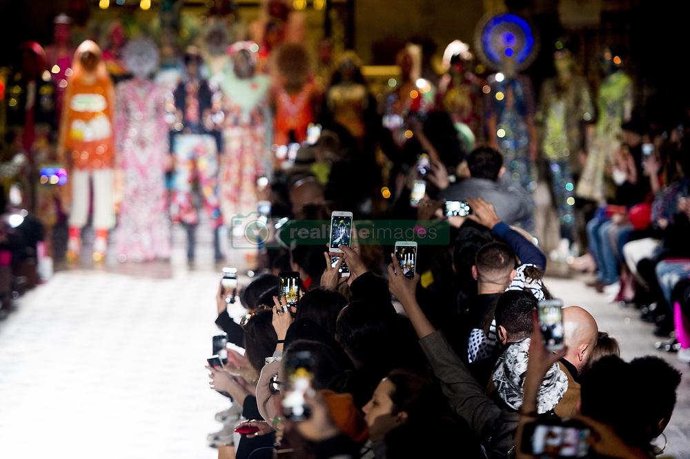 February 28, 2019 - Paris, France, FRANCE - Telephones portables leves durant le defile de  Manish Arora (Credit Image: © Panoramic via ZUMA Press)