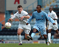 Fotball<br /> England 2004/2005<br /> Foto: SBI/Digitalsport<br /> NORWAY ONLY<br /> <br /> 30.10.2004<br /> Coventry City v Reading <br /> Coca Cola Championship<br /> <br /> Graeme Murty of Reading challenges Cov's Rohan Ricketts