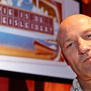 NLD/Hilversum/20110104 - Persviewing RTL5 programma Wie is de Reisleider, Eddy Zoey