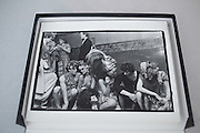 Hugh Grant, Marina Killery, Lulu Rivett-Carnac, Lord Neidpath and Catherine Guinness. Piers Gaveston Ball. Park Lane Hotel London. 13 May 2001.
