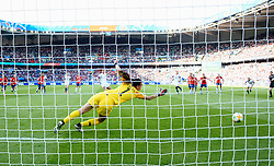 June 16, 2019 - Paris, France - But sur penalty de  Carli LLOYD ( Etats Unis ) - Claudia ENDLER  (Credit Image: © Panoramic via ZUMA Press)