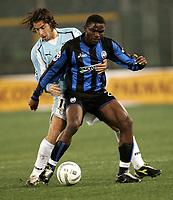 Roma, 12 / 02 / 2005 Campionato di calcio di serie A 2004 - 2005 24a Giornata -  Lazio - Atalanta - nella foto: Makinwa - Giuliano Giannichedda