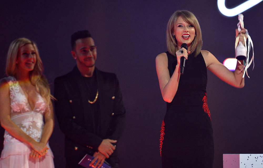 Brit awards 2015 at 02 arena . Pictured TAYLOR SWIFT .Pic Dave Nelson