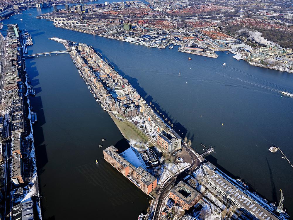 Nederland, Noord-Holland, Amsterdam, 13-02-2021; Voormalig Oostelijk havengebied Azartplein,  Java-eiland.<br />  <br /> luchtfoto (toeslag op standaard tarieven);<br /> aerial photo (additional fee required)<br /> copyright © 2021 foto/photo Siebe Swart