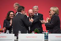 14 NOV 2013, LEIPZIG/GERMANY:<br /> Andrea Nahles, SPD Generalsekretaerin, Sigmar Gabriel, SPD Parteivorsitzender, Martin Schulz, SPD, Praesident Europaeisches Parlament, Aydan Oezuguz, Stellv. SPD Parteivorsitzende, Hannelore Kraft, SPD, Ministerpraesidentin Nordrhein-Westfalen, (v.L.n.R.), Gratulationen nach der Wiederwahl von Gabriel zum Parteivorsitzenden, SPD Bundesparteitag, Leipziger Messe<br /> IMAGE: 20131114-01-243<br /> KEYWORDS: Party Congress, Parteitag, Aydan Özuguz