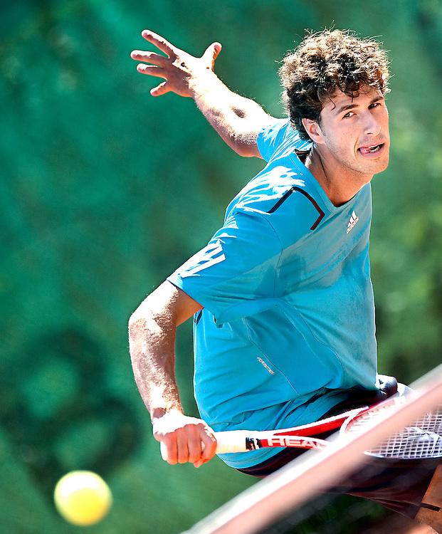 Nederland, Almere, 20-08-2010.<br /> Tennis, Mannen.<br /> Robin Haase, nederlandse tennisser tijdens de training.<br /> Foto : Klaas Jan van der Weij