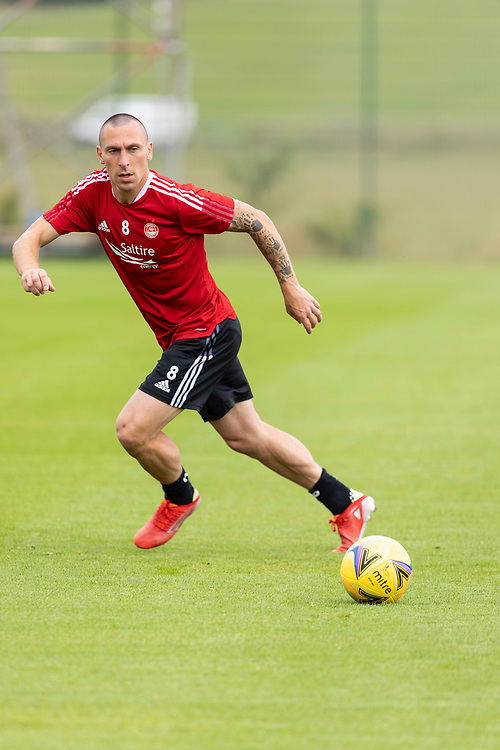 ABERDEEN FC TRAINING AT CORMACK PARK AHEAD OF UEFA EUROPA CONFERENCE LEAGUE QUALIFYING MATCH AGAINST BK HACKEN OF SWEDEN<br /> <br /> PIC OF ….   CAPTAIN SCOTT BROWN<br /> <br /> PIC DEREK IRONSIDE / NEWSLINE MEDIA