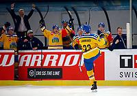 KUN REDAKSJONELL BRUK / EDITORIAL USE ONLY<br /> <br /> Ishockey<br /> 22.09.2015<br /> Foto: Gepa/Digitalsport<br /> NORWAY ONLY<br /> <br /> CHL, Championship Hockey League, group stage, EC Red Bull Salzburg vs Storhamar Hockey. <br /> <br /> Image shows the rejoicing of Christian Larrivee (Storhamar) and the team.