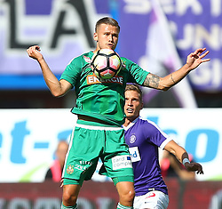 07.08.2016, Ernst Happel Stadion, Wien, AUT, 1. FBL, FK Austria Wien vs SK Rapid Wien, 3. Runde, im Bild Arnor Ingvi Traustason (SK Rapid Wien) und Jens Stryger Larsen (FK Austria Wien) // during Austrian Football Bundesliga Match, 3rd Round, between FK Austria Vienna and SK Rapid Vienna at the Ernst Happel Stadion, Vienna, Austria on 2016/08/07. EXPA Pictures © 2016, PhotoCredit: EXPA/ Thomas Haumer