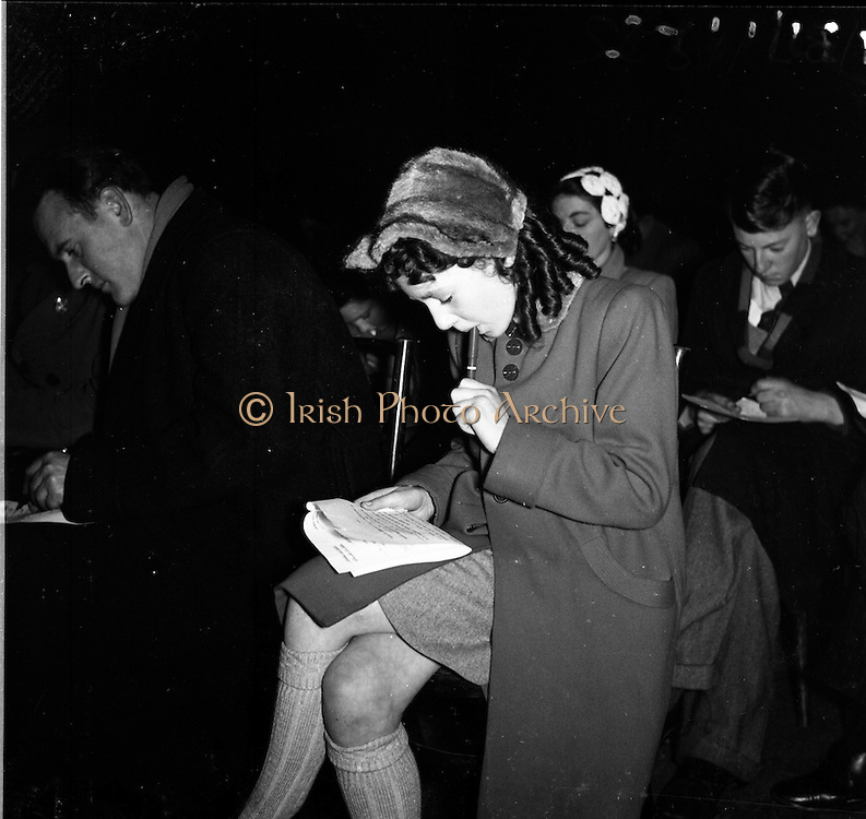"""15/02/1953<br /> 02/15/1953<br /> 15 February 1953<br /> Radio Eireann """"Question Time"""" general-knowledge quiz show trial at the Phoenix Hall, Dublin. The audience participation."""