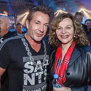 NLD/Amsterdam/20151204 - Freefightgala Glory26, Gerard Joling en minister Edith Schippers