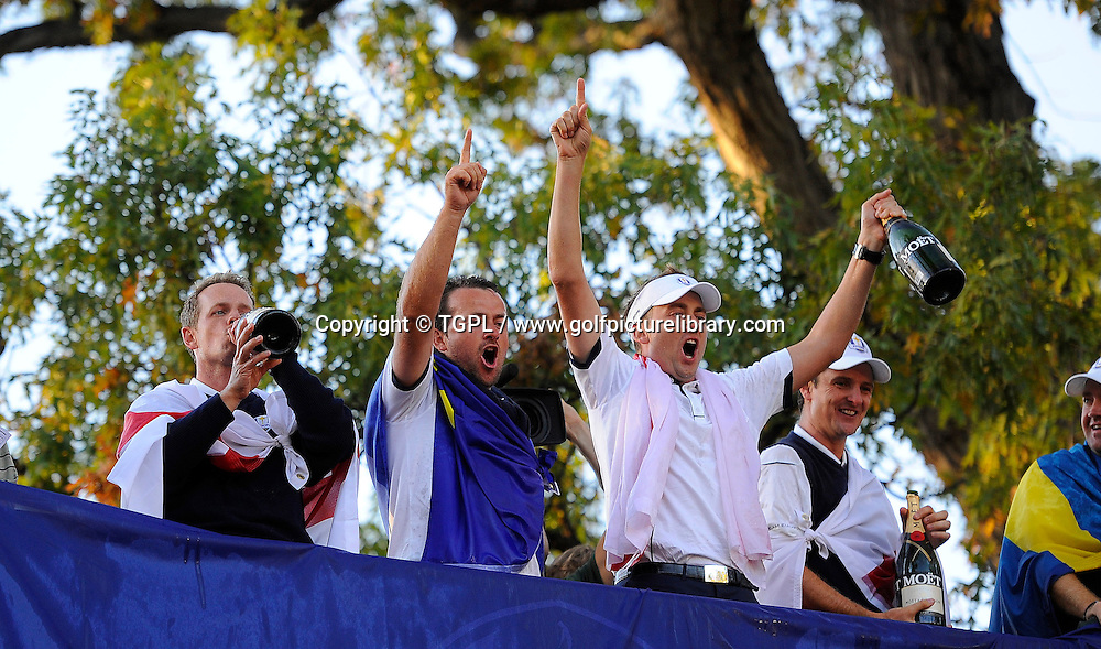 Luke DONALD (EUR),Graeme MCDOWELL (EUR), Ian POULTER (EUR) and Justin ROSE (EUR) celebrate a most famous victory during final day Singles,Ryder Cup Matches,Medinah CC,<br /> Medinah,Illinois,USA.