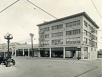 1914 C.E. Toberman Co. building on the SE corner of Hollywood Blvd. & Highland Ave.