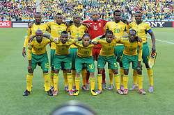 100611) -- JOHANNESBURG, June 11, 2010 (Xinhua) -- Players of South Africa pose for photos before a group A match of the 2010 FIFA World Cup against Mexico at Soccer City stadium in Soweto, suburban Johannesburg, on June 11, 2010. (Xinhua/Guo Yong) (ly) (Credit Image: © Xinhua via ZUMA Wire)