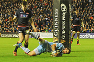 Pete Horne scores try just beforew half time in the 1872 Challenge Cup, Guinness Pro 14 2018_19 match between Edinburgh Rugby and Glasgow Warriors at BT Murrayfield Stadium, Edinburgh, Scotland on 22 December 2018.