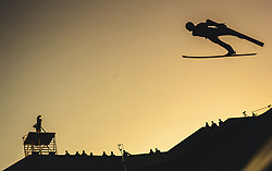 29.09.2018, Energie AG Skisprung Arena, Hinzenbach, AUT, FIS Ski Sprung, Sommer Grand Prix, Hinzenbach, im Bild Kevin Bickner (USA) // Kevin Bickner of the USA during FIS Ski Jumping Summer Grand Prix at the Energie AG Skisprung Arena, Hinzenbach, Austria on 2018/09/29. EXPA Pictures © 2018, PhotoCredit: EXPA/ JFK