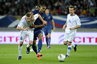 FOOTBALL - INTERNATIONAL FRIENDLY GAMES 2011/2012 - FRANCE v ESTONIA  - 5/06/2012 - PHOTO JEAN MARIE HERVIO / REGAMEDIA / DPPI - FLORENT MALOUDA (FRA) / ALEKSANDR DMITRIJEV (EST)