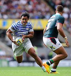 Saracens Flanker (#6) Billy Vunipola in action during the second half of the match - Photo mandatory by-line: Rogan Thomson/JMP - Tel: Mobile: 07966 386802 07/09/2013 - SPORT - RUGBY UNION - Twickenham Stadium - London Irish v Saracens - Aviva Premiership - London Double Header.
