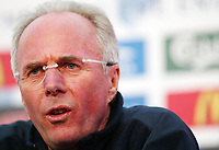 Photo: Chris Ratcliffe.<br />England Press Conference. 06/06/2006.<br />Sven Goran Eriksson addresses the media.