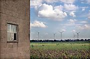 Nederland, Bergen, Limburg, 19-8-2020  Landgoed het Wellsmeer wat de gemeente wilt gebruiken voor de onwikkeling van een energiepark . Op dit moment is het agrarisch gebied. Er staat een schuur van 100 jaar oud .Foto: ANP/ Hollandse Hoogte/ Flip Franssen