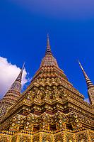 Chedi (stupas), Wat Pho (Wat Po), Temple of the Reclining Buddha, Bangkok, Thailand