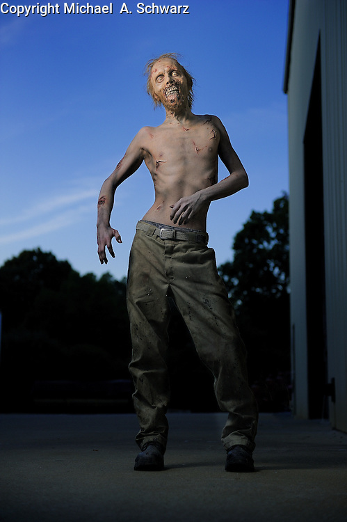 10/6/11 6:50:02 -- Senoia, GA<br />  Kevin Galbraith plays a zombie on the TV show The Walking Dead.<br /> <br /> <br /> Photo by Michael  A. Schwarz, USA TODAY contract photographer