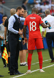 SAMARA, July 7, 2018  Head coach Gareth Southgate (L front) of England gives instructions to Ashley Young during the 2018 FIFA World Cup quarter-final match between Sweden and England in Samara, Russia, July 7, 2018. (Credit Image: © Li Ming/Xinhua via ZUMA Wire)