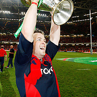 24 May 2008; Munster's Marcus Horan celebrates with the Heineken Cup. Heineken Cup Final, Munster v Toulouse, Millennium Stadium, Cardiff, Wales. Picture credit: Richard Lane / SPORTSFILE