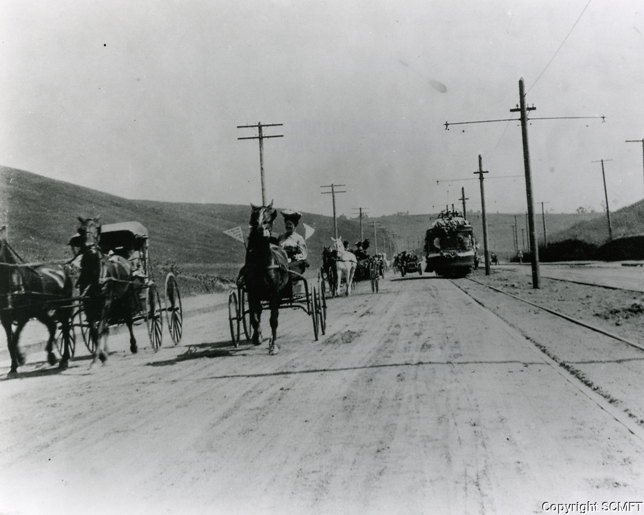 1909 Sunset Blvd.